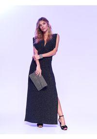 Czarna sukienka TOP SECRET wizytowa, na sylwestra, w kolorowe wzory