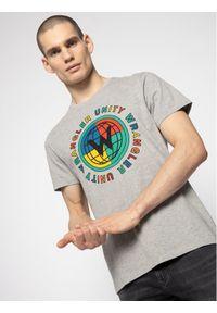 Wrangler T-Shirt Ss Glebe Tee W7D9FKX37 Szary Regular Fit. Kolor: szary