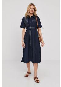 Beatrice B - Sukienka. Kolor: niebieski. Długość rękawa: krótki rękaw. Typ sukienki: rozkloszowane