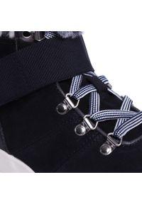 Niebieskie botki Caprice