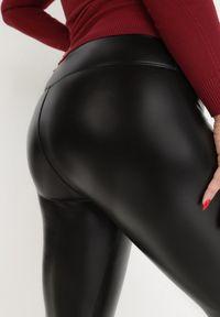 Born2be - Czarne Legginsy Nikaleia. Stan: podwyższony. Kolekcja: plus size. Kolor: czarny. Wzór: jednolity. Styl: klasyczny