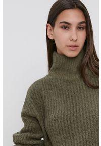 Noisy may - Noisy May - Sweter. Typ kołnierza: golf. Kolor: zielony. Materiał: dzianina. Długość rękawa: długi rękaw. Długość: długie