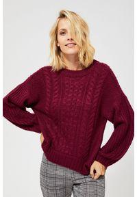 Czerwony sweter MOODO z okrągłym kołnierzem, z długim rękawem, długi