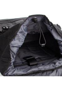 Strellson - Plecak STRELLSON - Swiss Cross 4010002355 Black 900. Kolor: czarny. Materiał: materiał