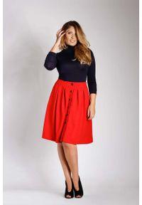 Czerwona spódnica rozkloszowana Nommo plus size