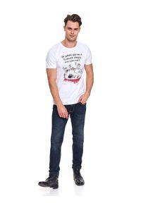 Biały t-shirt TOP SECRET z klasycznym kołnierzykiem, na co dzień, krótki