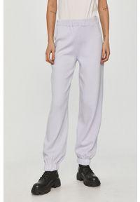 Fioletowe spodnie dresowe Answear Lab