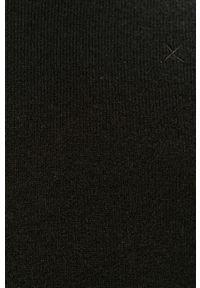 Czarny sweter Clean Cut Copenhagen z okrągłym kołnierzem, długi, z aplikacjami, na co dzień