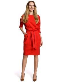 MOE - Dzianinowa dresowa sukienka z kimonowymi rękawami. Okazja: na co dzień. Materiał: dresówka, dzianina. Typ sukienki: ołówkowe, sportowe. Styl: sportowy, casual