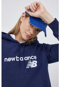 New Balance - Bluza. Kolor: niebieski. Długość rękawa: raglanowy rękaw. Wzór: nadruk