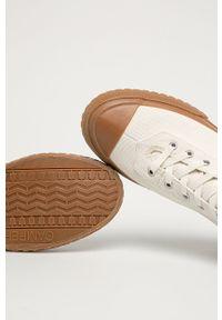 Camper - Trampki Camaleon. Nosek buta: okrągły. Zapięcie: sznurówki. Kolor: biały. Materiał: guma. Szerokość cholewki: normalna