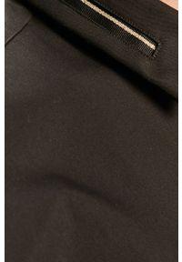 Czarna koszula Hugo elegancka, z klasycznym kołnierzykiem, z długim rękawem