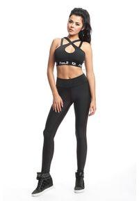 FJ! - Stanik SEXY - czarny. Kolor: czarny. Materiał: poliester, dzianina, guma, elastan. Sport: fitness, bieganie