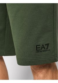 Zielone spodenki sportowe EA7 Emporio Armani