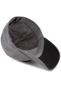 Szara czapka z daszkiem Under Armour klasyczna, z aplikacjami