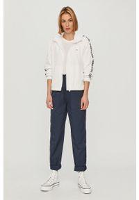 Biały top Tommy Jeans casualowy, na co dzień
