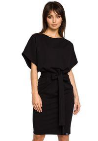 BE - Dzianinowa sukienka z kimonową górą i ołówkowym dołem. Materiał: dzianina. Typ sukienki: ołówkowe