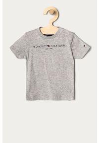 Szary t-shirt TOMMY HILFIGER z nadrukiem, casualowy, na co dzień