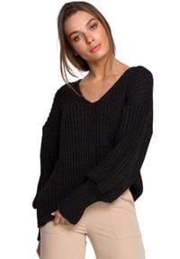 MOE - Sweter V- Neck z Szerokim Ściągaczem - Grafitowy. Kolor: szary. Materiał: akryl
