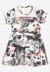 Born2be - Biało-Czarna Sukienka Thalali. Okazja: na co dzień. Kolor: biały. Materiał: koronka. Długość rękawa: krótki rękaw. Sezon: lato. Typ sukienki: proste. Styl: casual. Długość: mini