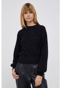Desigual - Sweter. Okazja: na co dzień. Kolor: czarny. Długość rękawa: długi rękaw. Długość: długie. Styl: casual