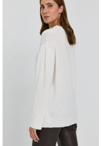 Liviana Conti - Sweter z domieszką wełny. Kolor: biały. Materiał: wełna. Długość rękawa: długi rękaw. Długość: długie