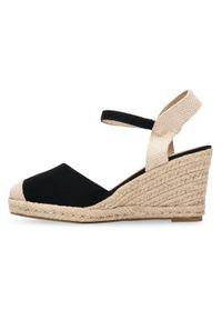 Czarne sandały SIXTH SENS ze sprzączką, w kolorowe wzory, na lato