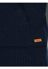 Niebieski sweter Ombre Clothing