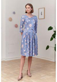 Marie Zélie - Sukienka Elina Anates błękitna 34 niebieski. Kolor: niebieski. Materiał: materiał, satyna, bawełna. Długość rękawa: krótki rękaw. Typ sukienki: rozkloszowane. Styl: klasyczny