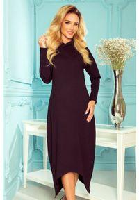 Numoco - Długa sukienka z asymetrycznym dołem i kapturem czarna. Kolor: czarny. Typ sukienki: asymetryczne. Długość: maxi