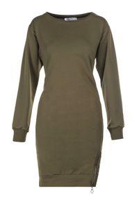 Born2be - Khaki Sukienka Leucomene. Kolor: brązowy. Materiał: dzianina. Długość rękawa: długi rękaw. Wzór: jednolity. Długość: mini