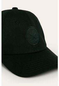 Czarna czapka z daszkiem Converse z aplikacjami
