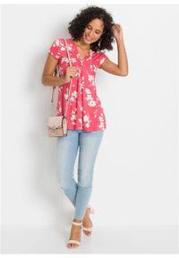 Shirt bonprix różowy w kwiaty. Kolor: różowy. Wzór: kwiaty