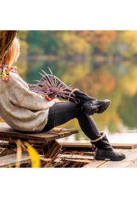 CATerpillar Botki Showcase Fur P310535 Czarny. Kolor: czarny