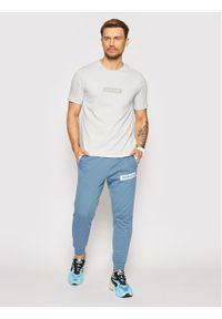 Calvin Klein Performance T-Shirt Pw 00GMS1K142 Szary Regular Fit. Kolor: szary