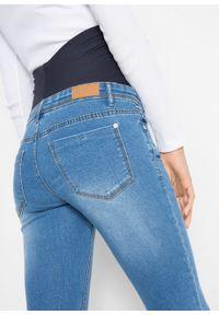 """Dżinsy ciążowe SKINNY bonprix niebieski """"medium bleached"""". Kolekcja: moda ciążowa. Kolor: niebieski"""