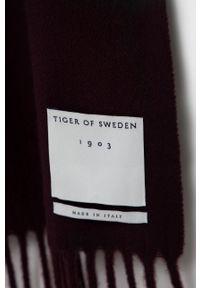 TIGER OF SWEDEN - Tiger Of Sweden - Szalik wełniany. Kolor: czerwony. Materiał: wełna