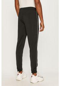 Czarny komplet dresowy Nike Sportswear