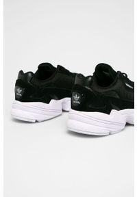Czarne buty sportowe adidas Originals z cholewką