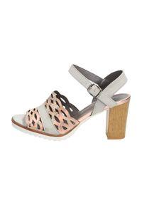 Różowe sandały M.Daszyński klasyczne, w kolorowe wzory