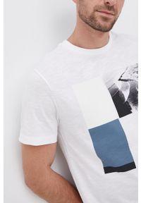 s.Oliver - s. Oliver - T-shirt bawełniany. Okazja: na co dzień. Kolor: biały. Materiał: bawełna. Wzór: nadruk. Styl: casual