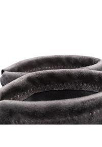 R.Polański - Muszkieterki R.POLAŃSKI - 1185 Grafit Zamsz. Wysokość cholewki: przed kolano. Kolor: szary. Materiał: materiał. Szerokość cholewki: normalna. Obcas: na obcasie. Wysokość obcasa: średni