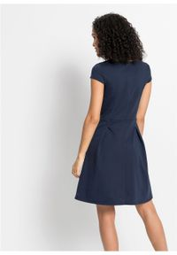 Sukienka biznesowa bonprix ciemnoniebieski. Okazja: na spotkanie biznesowe. Kolor: niebieski. Styl: biznesowy