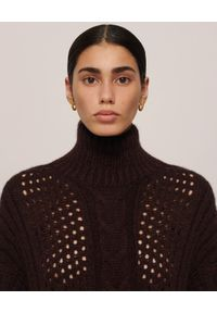 NANUSHKA - Bordowy sweter z golfem Diya. Typ kołnierza: golf. Kolor: brązowy. Materiał: wełna, jeans. Długość: długie. Sezon: jesień