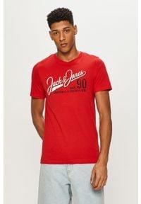 Czerwony t-shirt Jack & Jones casualowy, z nadrukiem