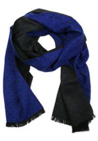 Szary szalik Adriano Guinari na zimę, w grochy