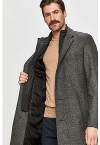Szary płaszcz Hugo na co dzień, casualowy