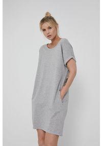 medicine - Medicine - Sukienka Basic. Kolor: szary. Długość rękawa: krótki rękaw