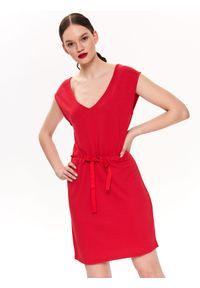 Czerwona sukienka DRYWASH z dekoltem na plecach, na co dzień
