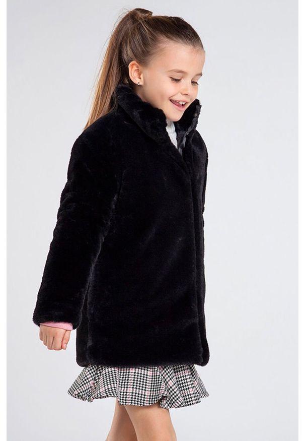 Czarny płaszcz Mayoral casualowy, bez kaptura